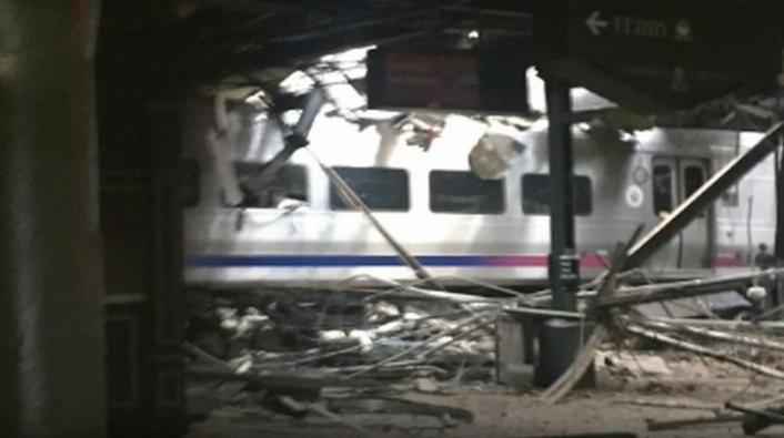 3 People Dead & Over 100 Injured in Hoboken New Jersey Transit Train Crash