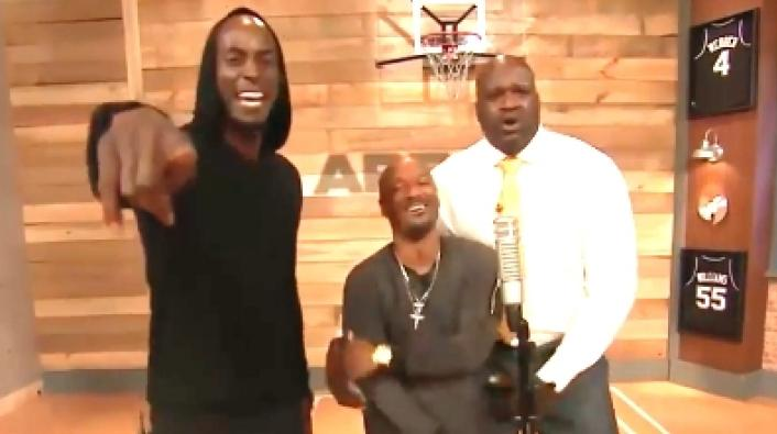 and kevin garnett trade bars in basement freestyle with big tigger