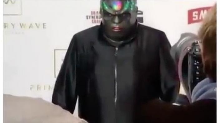Cee Lo Green is Rocking a Robotic, Glowing Mask at the Pre ...: http://www.vladtv.com/article/224855/cee-lo-green-is-rocking-a-robotic-glowing-mask-at-the-pre-grammys