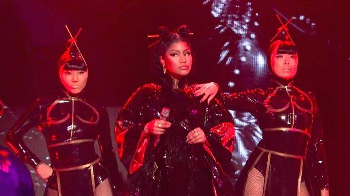 Nicki Minaj Facing Backlash For Quot Chun Li Quot Snl Performance