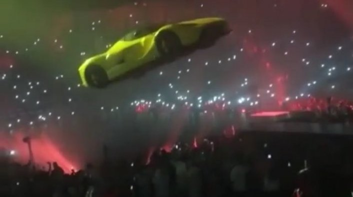 Yellow Ferrari Floated Above Crowd During Drake S Show