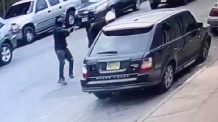 Image: Video Shows New Jersey Rapper Tripple Beanz Gunned Down By Masked Men