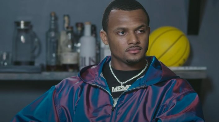 Article Image: Houston Police Investigating Criminal Complaint Against Deshaun Watson