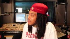 Waka Flocka Gives a Lesson about Twerking