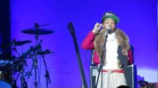 Lauryn Hill Addresses Wyclef Jean Accusations During Live Show