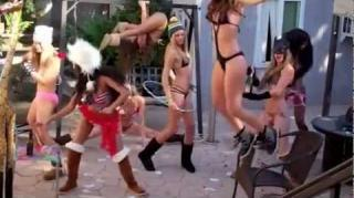 """Harlem Shake"" Hits No.1 On Billboard Due To YouTube View Count"