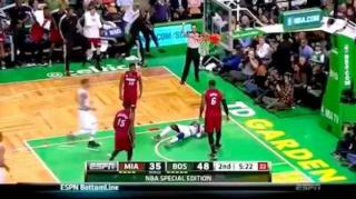 WWE's J.R. Commentates on LeBron James' Dunk Over Jason Terry!