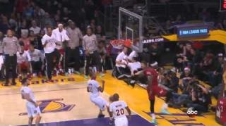 D-Wade & LeBron James Land Masterful Alley-Oop