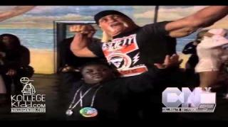 Terrio Flexes Like a Boss With Hulk Hogan