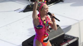 Miley Cyrus Says Twerking Is Dead, Breaks Out The Nae Nae