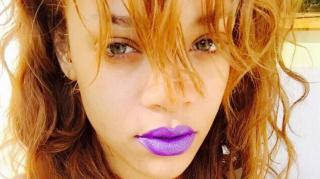 Rihanna Claps Back At People Who Thought She Was Sniffing Coke