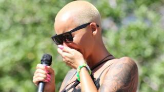 Image: Amber Rose Tears Up At Slut Walk After Mentioning Wiz & Kanye