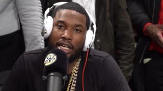 Image: Meek Mill Takes Shot at Drake Being in His Feelings in Hot 97 Freestyle
