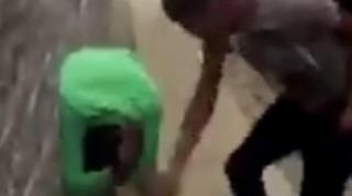 "Image: Man Gets Beat Up for Talking About Dead Chicago Gang Member ""Tooka"""