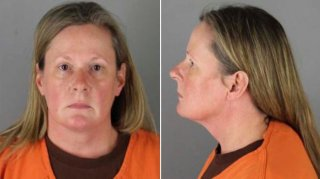 Image: Update: Kim Potter's Mugshot Released After Charges in Daunte Wright Shooting